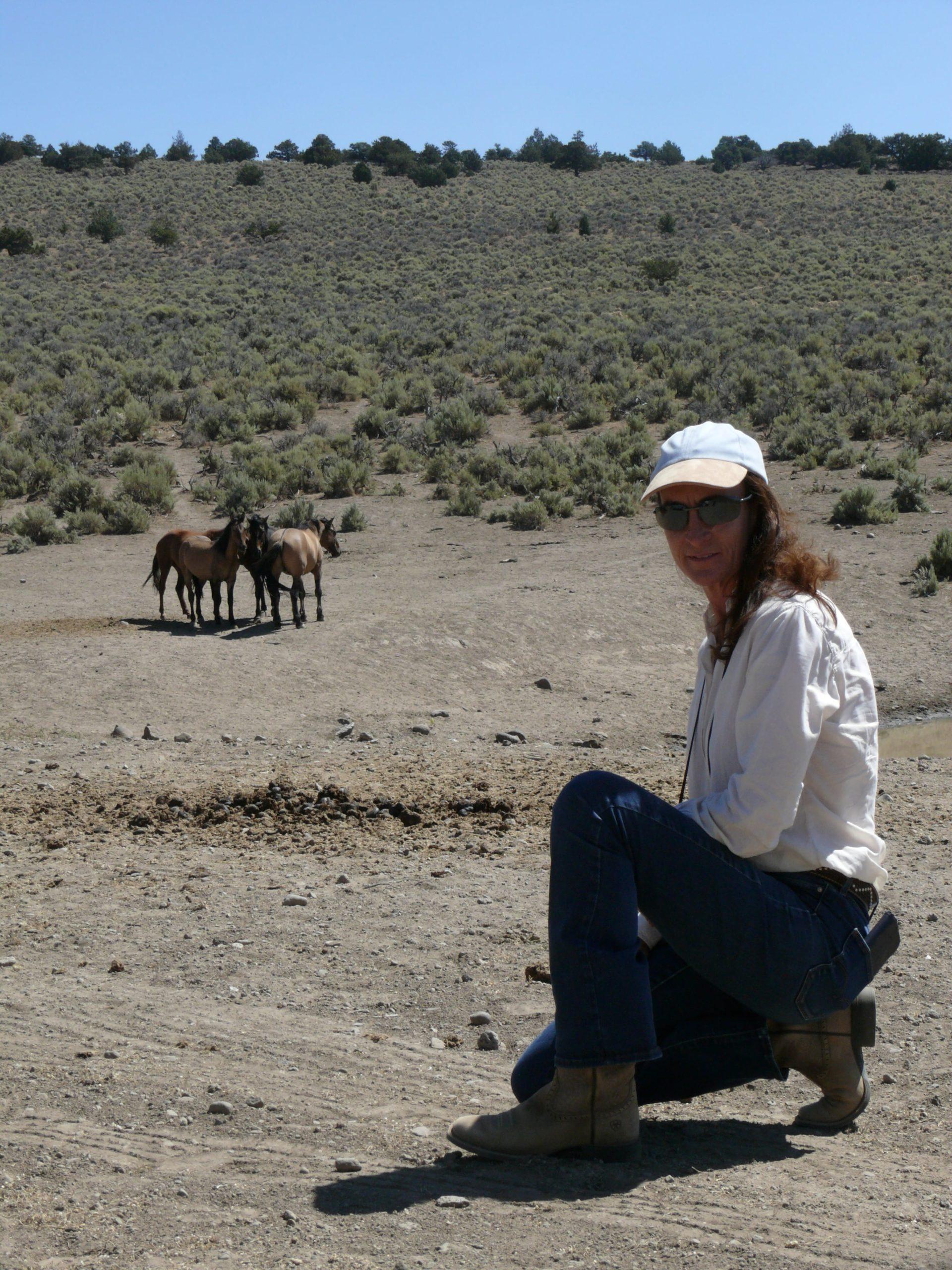 Elena Bajona Wild horse Watching Nevada 2019